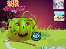Play Halloween pumpkin decor now